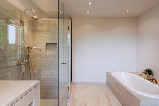 Revêtement de sols et murs pour salle de bain